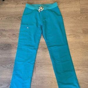 Teal Figs scrubs W_Kade Cargo pants